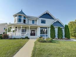 homes for sale in cedarburg