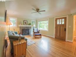 livingroom realty irvington bungalow living room realty portland real estate