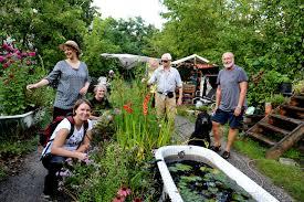 Urban Roots Garden Center An Urban Garden Fights For Its Life