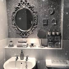 glitter wallpaper bathroom media1 popsugar assets com files thumbor v2dbzxyd5