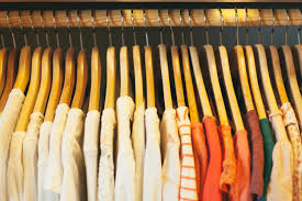 articles with clothing store window 5 top online consignment shops for selling your clothes earning