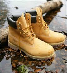 yellow boots s shoes rihanna pour complex magazine en bottes timberland jaunes