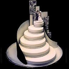 wedding cake styles center tiered cake could look like a staircase not so windy