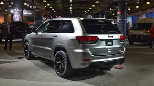trackhawk jeep engine jeep grand cherokee trackhawk makes 4 wheel dyno run at debut