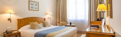chambre etats unis chambre classique hôtel états unis opéra 16 rue d antin 75002
