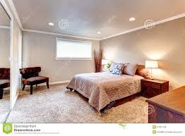 Schlafzimmer Creme Braun Schlafzimmer Teppich Braun Ruaway Com