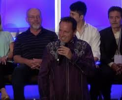 hypnotist for hire how to find a comedy stage hypnotist to perform for any event