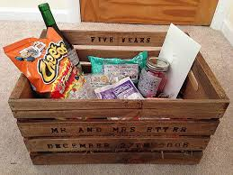 cotton anniversary gifts for him diy anniversary gift baskets for him best diy do it your self