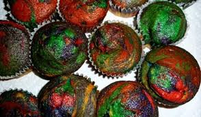 tie dyed cupcakes with food coloring