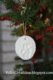diy paw print ornament this would also make a great stepping