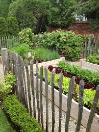 25 best picket fence garden ideas on pinterest define corner
