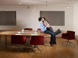 l amour dans le bureau témoignages elles ont rencontré l amour au bureau il m