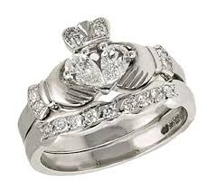 claddagh wedding ring 33 best claddagh wedding sets images on claddagh rings