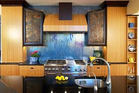 10 unique backsplashes and the countertops to pair them with