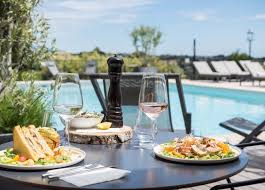 cuisine cagne chic chic stay in the riviera s save up to 70 on luxury