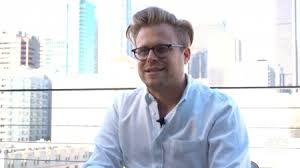 Ted Talk Color Blind Adam Conover Talks New Tour U0027imagine A Ted Talk Except Not Boring