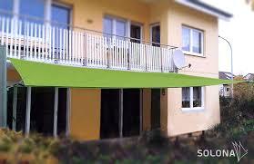 sonnensegel befestigung balkon manuelles segel mit befestigung am balkon solona sonnensegel