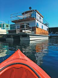 knot home airbnb experience above and beyond houseboat magazine