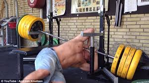 Weightlifting Bench Man Drops Barbell On Neck In Epic Weightlifting Fail Daily Mail