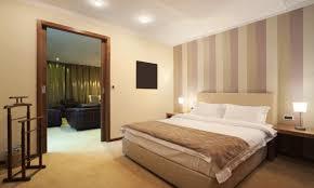 moquette de chambre découvrez pourquoi vous devriez réserver une chambre d hôtel sans