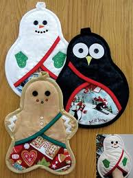free patterns quilted potholders christmas trio pot holders sewing pattern love to sew