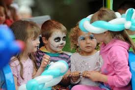 what time does the family day at gosforth central park start and
