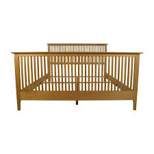 82 off copeland copeland solid maple shaker queen bed frame beds