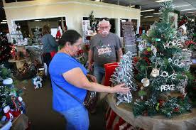 retail entrepreneurs open christmas pop up store u2013 press enterprise