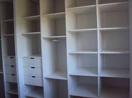 rangement placard chambre rangement placard chambre impressionnant aménagement rangements