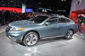 crossover honda don u0027t let the door hit you in the adios honda crosstour