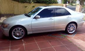 lexus perth wa 2000 lexus is200 sports luxury gxe10r car sales qld brisbane