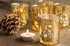 10 glamorous gold wedding decorations to dazzle your guests
