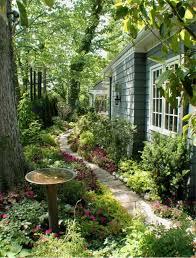 Cottage Backyard Ideas Best 25 Cottage Front Yard Ideas On Pinterest Country Garden