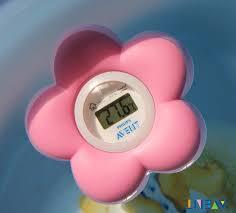 thermometre chambre b avent de bain et chambre bébé numérique thermomètre d eau