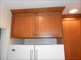 kitchen crown molding on top of cabinets crown molding designs