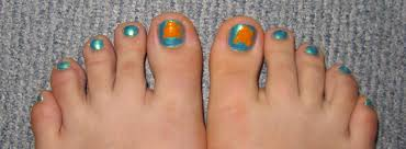 tutorial nemo toes furry fury nail art