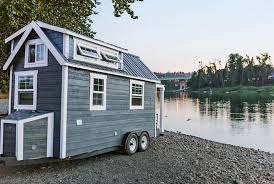 Tiny House Plans On Wheels Tiny Heirloom Homes Luxury Tiny House On Wheels