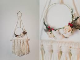 diy holiday yarn hanging diy and crafts yarns and holiday