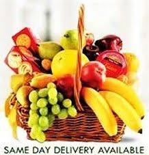 Fruit Delivery Gifts Best 25 Fruit Basket Delivery Ideas On Pinterest Food Basket