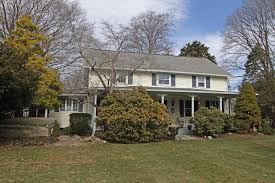 Colonial House With Farmers Porch House Of The Week Cowesett Colonial Style Home Goes Back To 19th