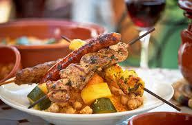 cuisine marocaine traditionnelle le couscous symbole de la cuisine marocaine les jardins du maroc