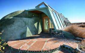 pros and cons of earthship biotecture insidehook