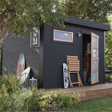 10 exotic like wooden cabins that give a new look to your garden