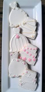 25 best dress cake ideas on pinterest princess dress cake