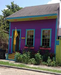 new orleans colorful houses new orleans houses pop in vivid colors newvine growing