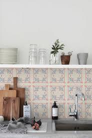 carrelage mur cuisine moderne le carrelage mural en 50 variantes pour vos murs kitchens