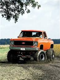 lifted chevy oh my the only thing that could make this