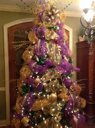 mardi gras tree decorations 159 best mardi gras tree images on mardi gras