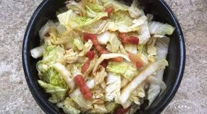 cuisiner chou chinois salade de chou chinois aux lardons caramélisés la tendresse en cuisine