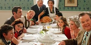 landscape 1447879357 modern family thanksgiving